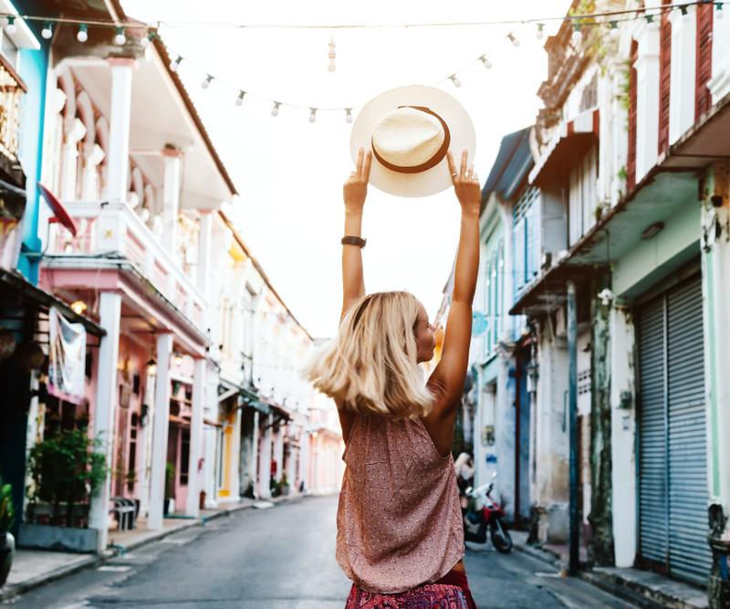 11 sposobów na tanie podróżowanie