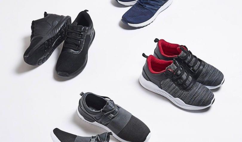 jak nosić męskie buty sportowe
