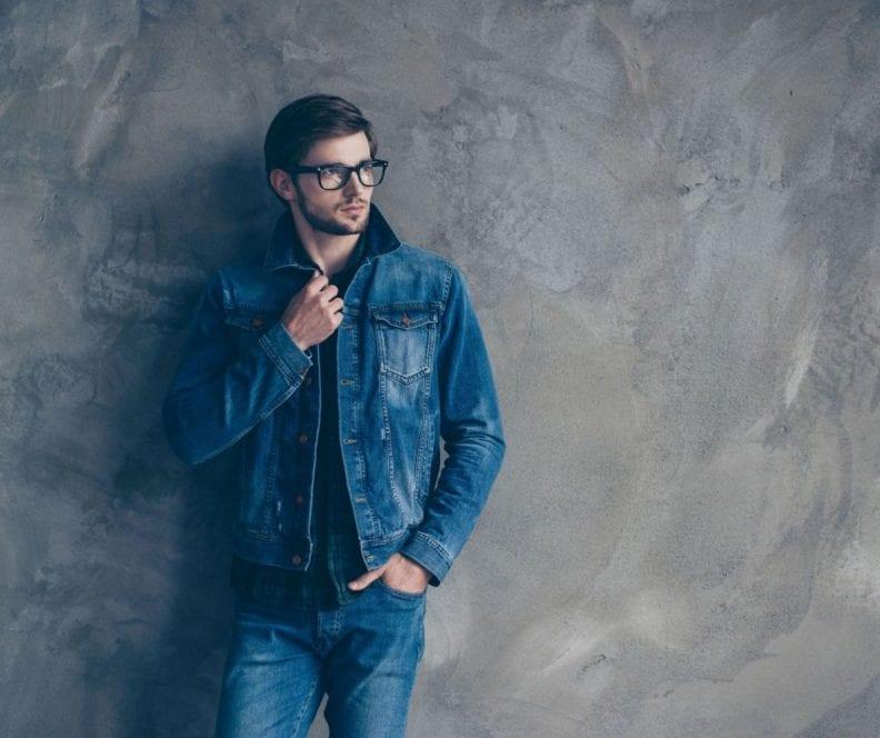 jak nosić kurtkę jeansową męską