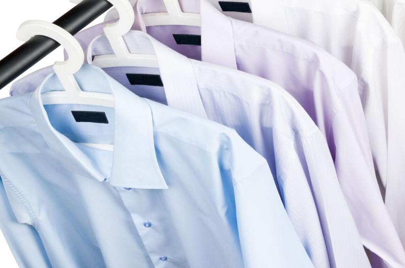Jak prać koszulę, żeby utrzymać ją w dobrym stanie?