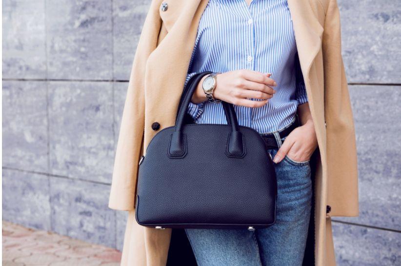 Beżowy płaszcz – stylizacje, które podbiły Instagram
