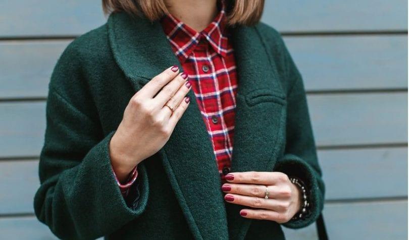 Zielony płaszcz stylizacje