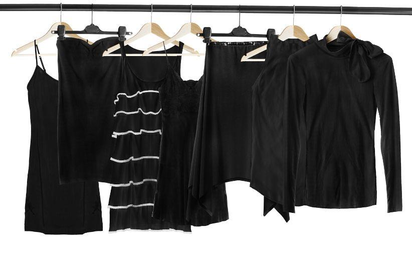 jak odświeżyć czarne ubrania