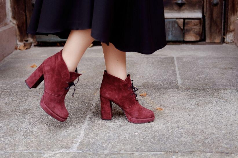 jak dbać o zamszowe buty
