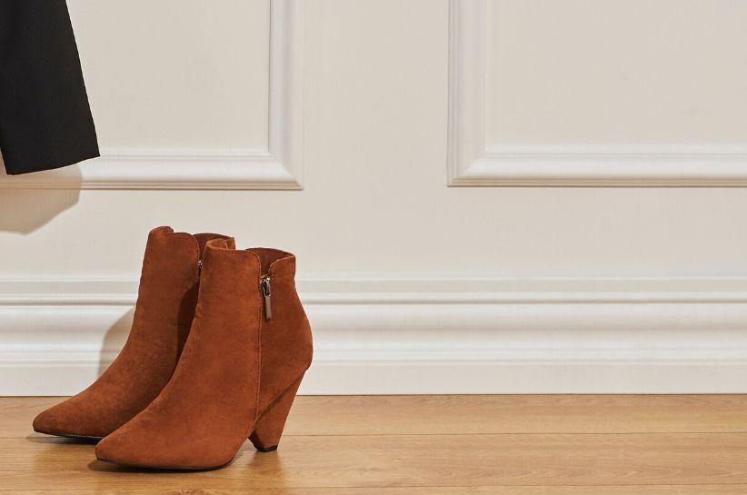 Do czego nosić rude buty? Stylizacje prosto ze świata fashion