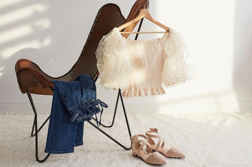 Pod lupą: spodnie paper bag – poznaj sekret udanych stylizacji z tym wyrazistym fasonem