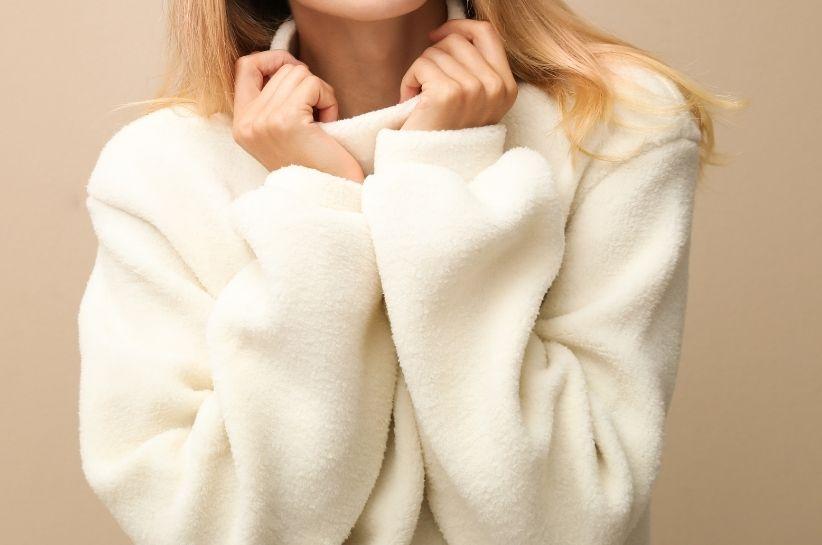 Stylizacje z polarem damskim wracają do łask! Sprawdź, jaki polar wybrać i z czym go nosić